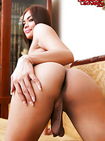 Ning is a sexy fresh faced girl with a hot body and cute budding tits. She works at Baby Boom, Soi Buakhaow.
