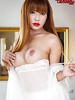 Leo is quite simply sex on fuckin legs - a devastatingly beautiful LB with perfect big boobies and a nice fat girlie surprise up her skirt; an undoubtable future regular on the site.